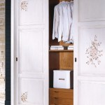 Internal wardrobe
