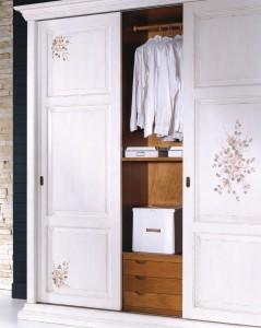 Art. 879 Internal wardrobe  with 3 sliding doors L.255  P.67  H.254