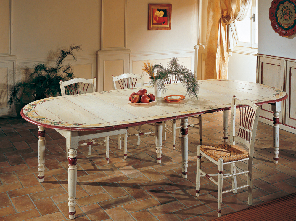 Tavoli Da Cucina Allungabili Classici.Tavoli Da Cucina Classici Cool Zona Giorno Tavoli Con Giropanca