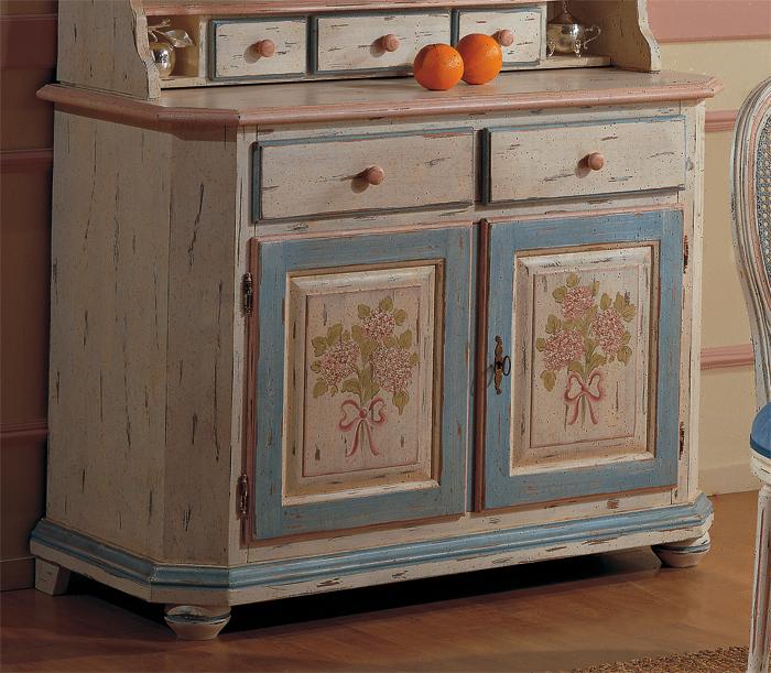 I classici rivisitati cucina mobili veneti for Credenza cucina